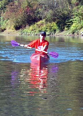 Low angle kayak paddle stroke